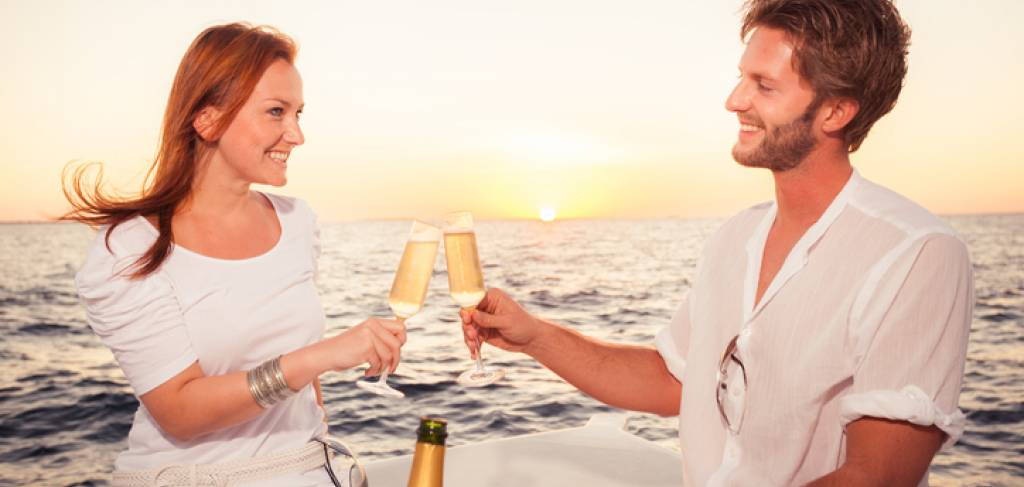 Maui Sunset Dinner Cruise | Paradise Activities | Maui Resorts