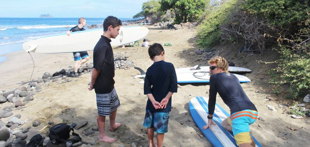 Maui Surf Lessons | Paradise Activities | Maui Resorts