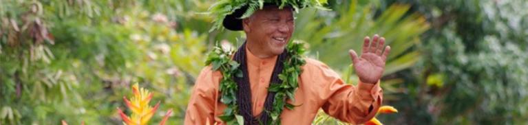 Na Kamehameha Commemorative Pa'u Parade & Ho'olaulea   Maui Resorts